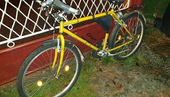 """Bicikl gradski vel.M, kotač 26\"""", puno opreme"""