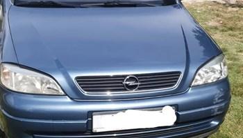Opel Astra 1.2 g