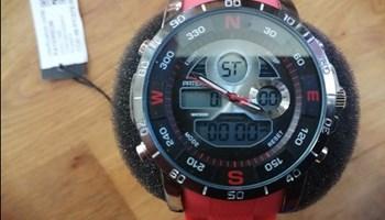 Prodajem dva originalna americka rucna sata