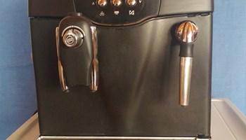 Esspreso aparat za kavu Saeco Incanto S-clas, ispravan, uredan