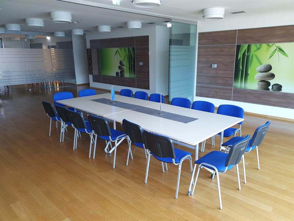 nema politike rada na sastancima