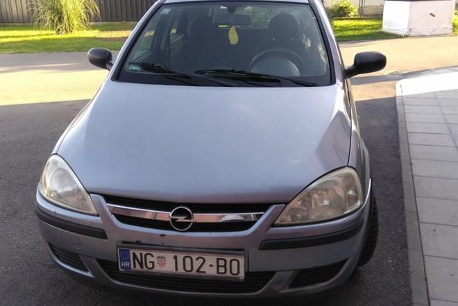 Opel Corsa 1,3 DT   INDEX OGLASI