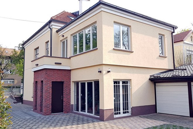 Dvoetažni stan 150m2 u novouređenoj kući Maksimir
