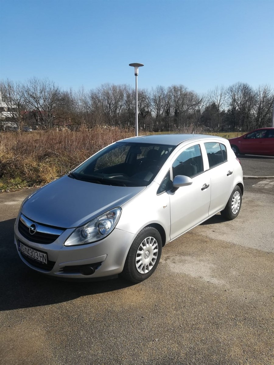 Opel Corsa 1.3 Cdti reg 08/2021   INDEX OGLASI