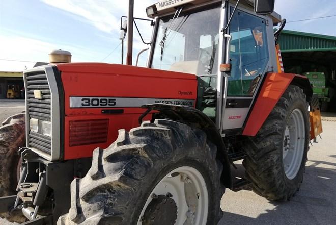 Traktor MASSSEY - FERGUSON 3095