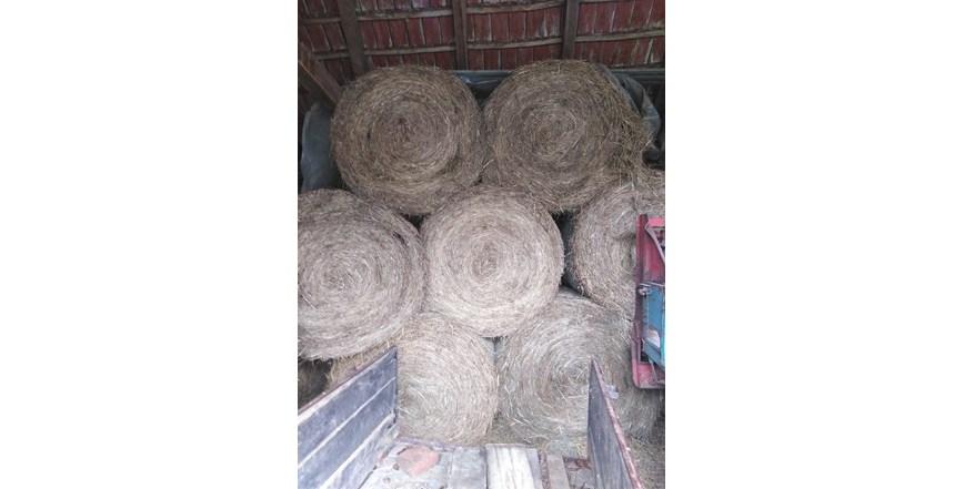 Prodajem rolo Bale sijena otave i slame suhe iz štaglja  120 promjer