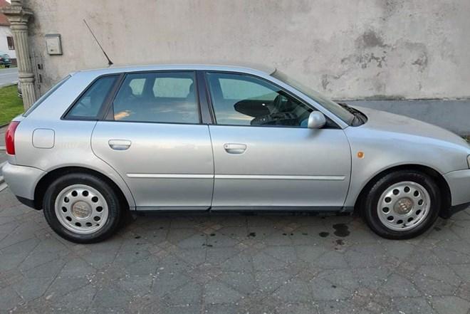 Audi A3 1.8 ambiente  2001.god.. hatchback  1.vlasnik