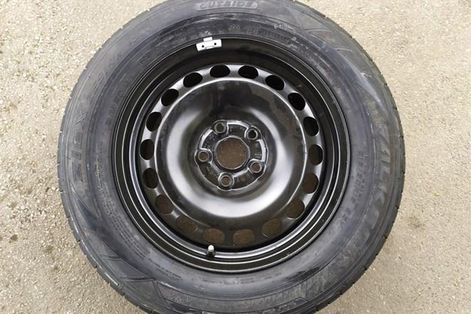 rezervni kotač guma za vw Passat, dizalica,alat, ključ