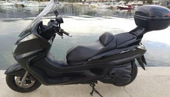 Yamaha Majesty 400, registracija godinu dana, sniženo, 2006 god.