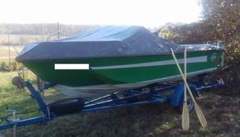 GLISER CHRYSLER CHARGER 151 + prikolica za plovilo = Super Ponuda !!!