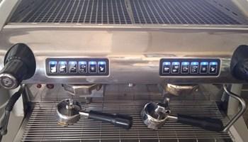 Prodajem aparat za kavu SOFIA Espresso Automatic