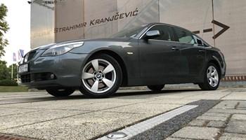 BMW SERIJA 5 530 D/ KUPLJEN U TOMIĆ&CO/ REGISTRIRAN GODINU DANA/ IZVANREDAN I RIJEDAK U H.R/