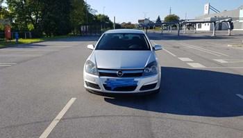 Opel Astra 1,7 CDTI COSMO-SPORT