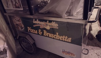 Pokretna kuhinja, pec, pecenjara, pizza, hot dog, cevapcici