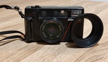 Nikon L35 AF fotoaparat 35 MM 1:2,8 u izvrsnom stanju