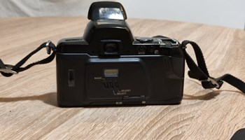 Pentax z70 + SMC Pentax-F 35-80mm
