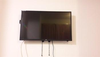TV, NOA, kupljen u veljači, odličan