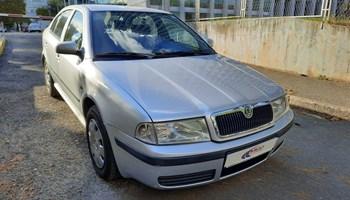 Škoda Octavia 1,4 Tour..Kupljen nov u HR