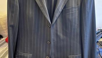 Hugo Boss odijela i sakoi (jednom korišteno, kao novo)
