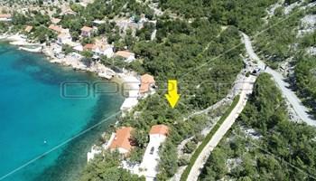 Zemljište s dozvolom za vilu,2. red do mora,1.148 m2, Josinovac