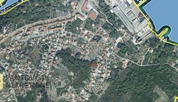 KORČULA – građevinsko zemljište s pogledom na more, 1144m2