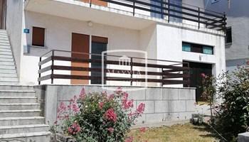 Zadar - Diklo kuća 220m2 sa prostranim dvorištem 200m od mora!! 310...
