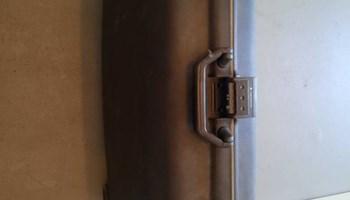 Samsonite kofer - tvrdi - uscuvan