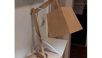 Ručno izrađene stolne lampe