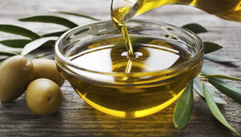 Prodajem domaće maslinovo ulje