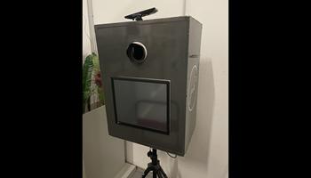 Photo booth uređaj