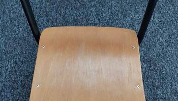 PRODAJA: Školske stolice - 22 komada