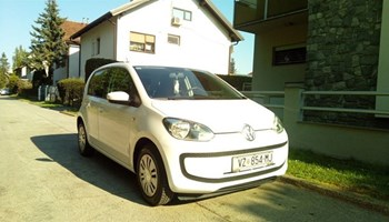 VW Up! 1,0 i, 44kw, 140 000 km, 5 vrata, klima, reg do 3/21