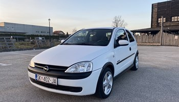 Opel Corsa 1.7 DTI *REG: 9/2021.*