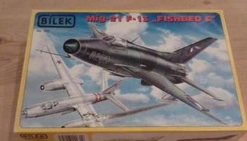 Maketa aviona avion MiG-21 F-13