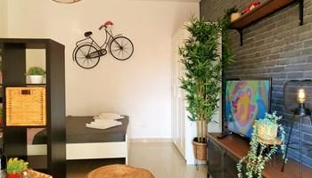 Apartmani Tena 2+1 / PRVI RED DO MORA / Crna Punta, okolica Zadra