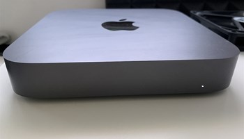Prodajem MAC Mini (2018) 256GB, i5 3GHz