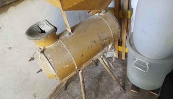 Runilica i mlin za kukuruz