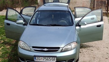 Chevrolet Lacetti 1.4 odlicno stanje vozila, VRIJEDI POGLEDATI