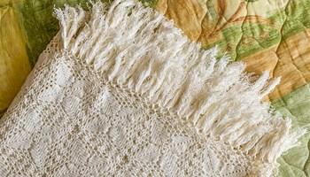 Ručno rađeni (heklani/kukičani) prekrivač za krevet od pamučnog konca 220 X 240 cm