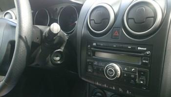 Nissan Qashqai Juke Renault CD MP3 RDS Bluetooth originalni radio