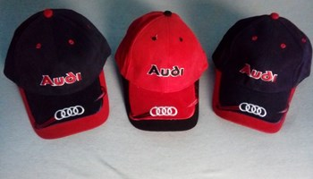 Audi -Šilterice set od 3 kom, ( 2x crna , 1x crvena ) NOVO ! Cijena je za set - 100 kn !!!