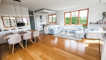Stan Jelenovac 112.00 m2 stambeno + 41 m2 terasa, novogradnja