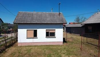Kuća u Selima (Sisak) na zemljištu od 844m2