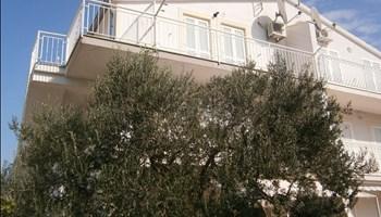 Apartmani Srima