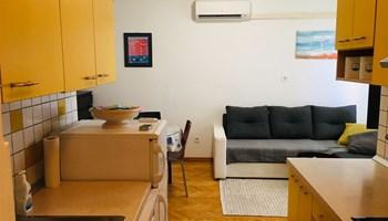 Povoljno ljetovanje u dvosobnom apartmanu u širem centru Splita