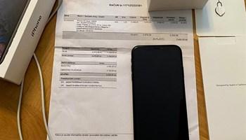 Prodajem rabljeni mobitel crni iPhone XR 128 gb