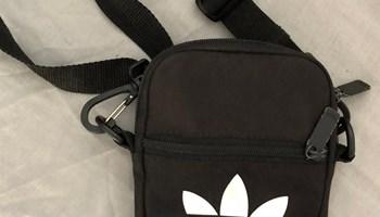 Adidas muška torbica