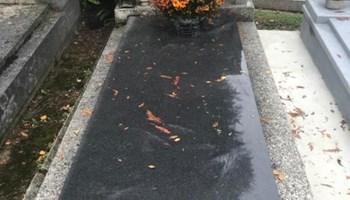 Grobno Mjesto u centru Mirogoja