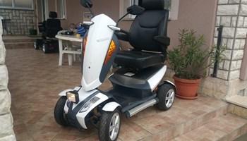 Električna kolica, električni skuter za starije , invalidska kolica.....