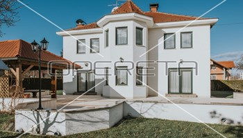 Prodaja, kuća, Zaprešić-Centar, Samostojeća, 481m2